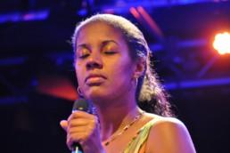 Gabriela Mendes bei ihrem Auftritt 2013